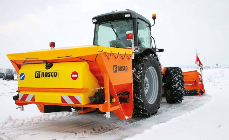 Bild: Der EPOS 20 im Einsatz an einm Traktor.