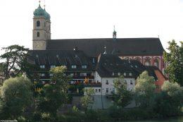 Das Fridolinsmünster ist das Wahrzeichen von Bad Säckingen.