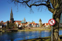 Das Problem der Wildpinkler am Beispiel des Ulmer Münsters