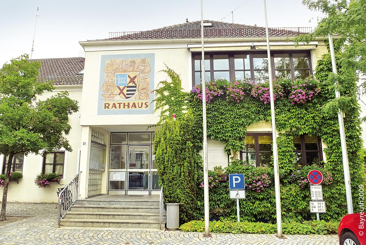 Das Rathaus von Kirchheim bei München