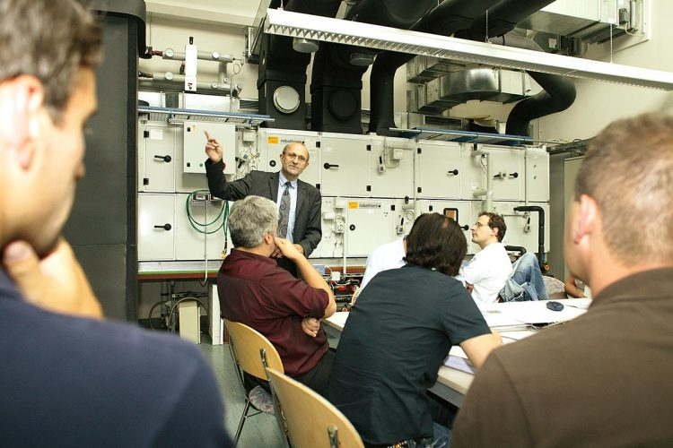 OHM Professional School Studiengang Facility Management