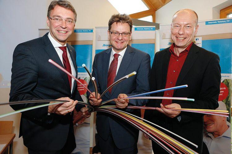Die drei BürgerNet-Bürgermeister bei der Projektvorstellung (von links): Jochen Hack (Pettstadt), Karl-Heinz Wagner (Altendorf), Michael Karmann (Buttenheim)
