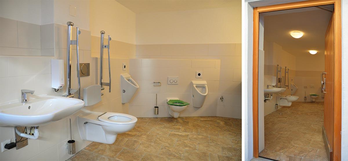 Im Ortskern gibt es seit 2016 drei öffentliche Behinderten-WCs. Diese ist die neue barrierefreie Toilette am Rathaus.