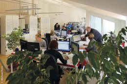 Mit mehr als 200 Mitarbeitern und einem bundesweit flächendeckenden Vertriebs- und Servicenetz bietet AIDA ORGA eine umfassende Betreuung