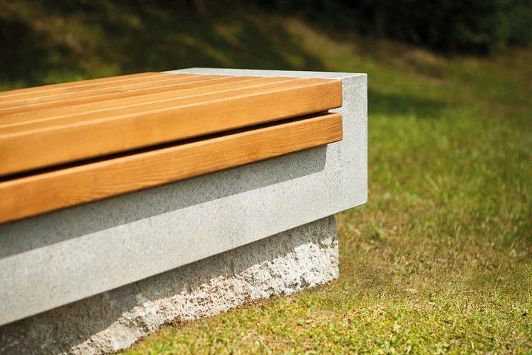 Betonwerksteine: Das Betonprodukt grantum gibt es in vier Farben und fünf hochwertigen Oberflächenstrukturen. Damit lassen sich für jeden Einsatzort die passenden Stufen konfigurieren.