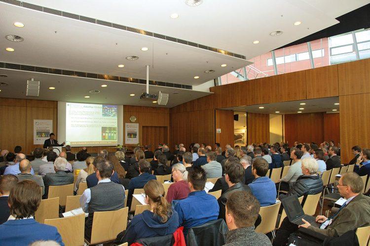 Die Bayerischen Abfall- und Deponietage ziehen jährlich rund 400 Teilnehmer nach Augsburg.