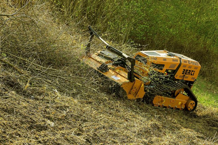 Schlegelmulcher - Das italienische Traditionsunternehmen Berti Macchine bringt neu entwickelte funkgesteuerte Modelle auf den Markt