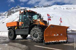 MUTTER solutions bietet Schürfleisten und Ersatzteile für Schneepflüge und ist neuerdings auch Dienstleister für Blechbearbeitungen.