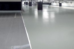 Rutschfest und geräuscharm sind die Parkhausbodenbeschichtungen.