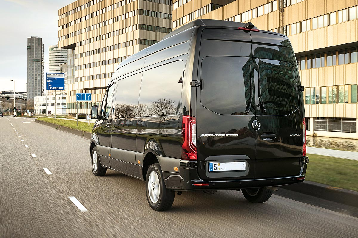 Der Sprinter 319 CDI als Tourer in Obsidianschwarz metallic