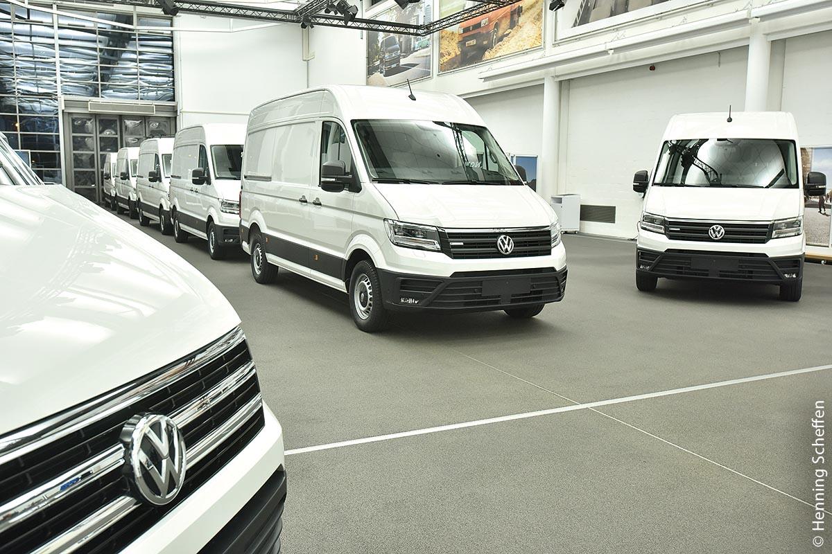 Praxiseinsatz des Elektro-Crafter läuft an: Zero-Emission-Transporter wird parallel von Kunden in Deutschland, Großbritannien, den Niederlanden und Schweden im Alltag getestet.
