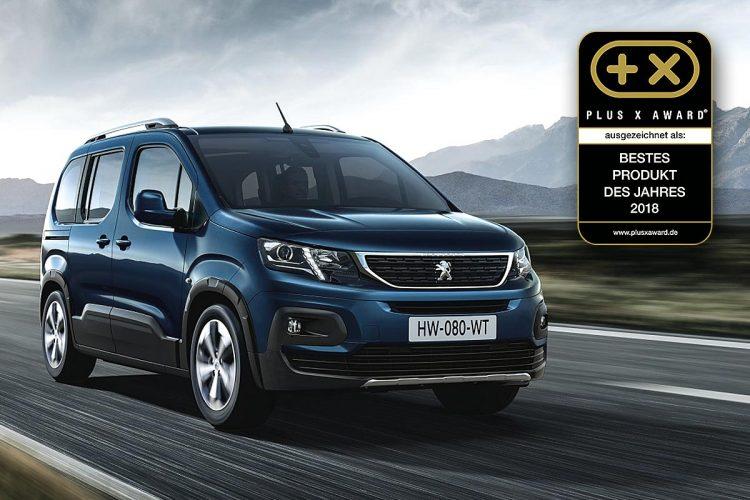 """Gleich zwei Mal darf sich Peugeot über Sonderauszeichnungen des Plus-X-Awards freuen: Peugeot ist die """"Beste Marke des Jahres 2018"""" in der Kategorie Nutzfahrzeuge. Dazu kam das Gütesiegel """"Bestes Produkt des Jahres 2018"""" im Bereich Hochdachkombis für den neuen Peugeot Rifter."""