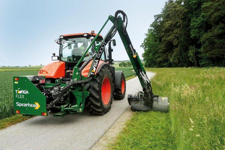 Spearhead bietet das Twiga-Flex-System passend für jede Traktorgröße in den Reichweiten von 6,30 bis 9,30 Meter an.
