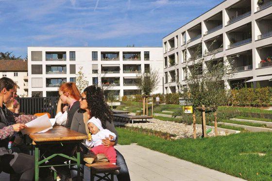 Projektzeiterfassung: Die Wohnbau Lörrach legt Wert auf Umweltschutz: Der Niederfeldplatz ist das erste CO2-neutrale Mietwohnquartier in Deutschland.