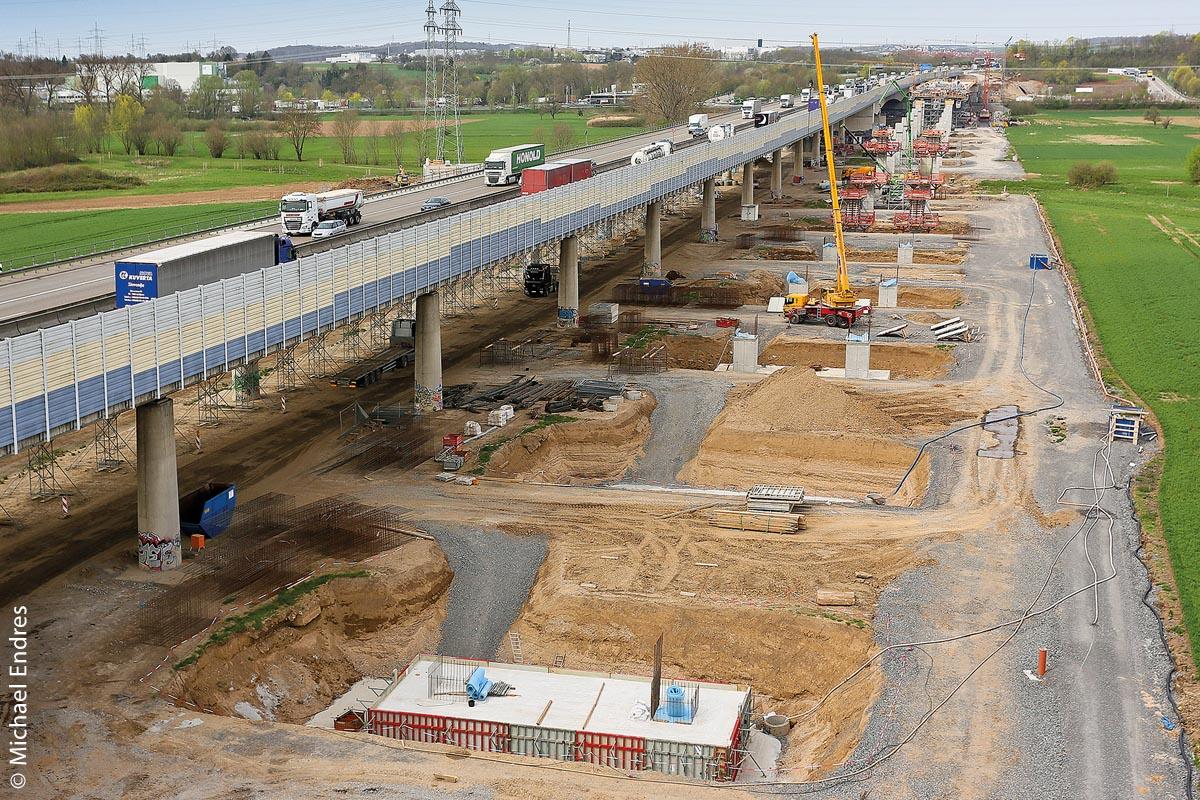 Bau der Brückenfundamente für die A6