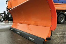 Eines der Standbeine des Unternehmens MUTTER Solutions sind Schürfleisten für Schneepflüge.