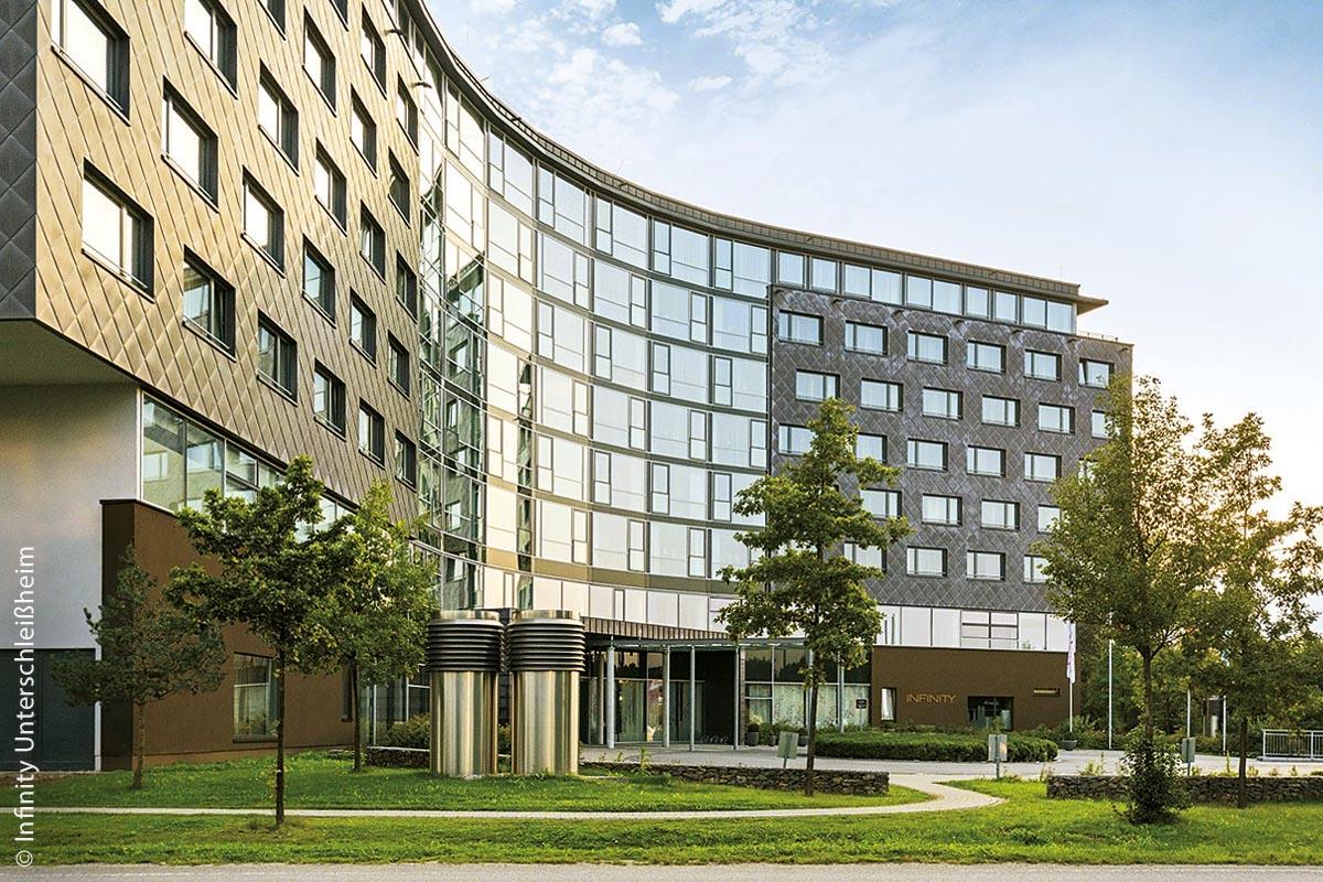 Infinity One und Infinity Two in Unterschleißheim bei München bilden das größte Tagungshotel Süddeutschlands.