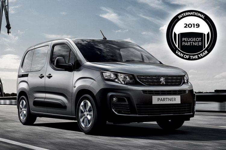 Partner, der neue Van von Peugeot, lässt sich mit zwei Längen, 4,40 Metern und 4,75 Metern, und einer breiten Auswahl an Motoren auf individuelle Bedürfnisse anpassen.