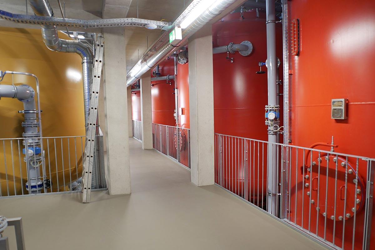 Blick in den ersten Stock der CARIX-Anlage des Wasserwerkes Moos bei Deggendorf