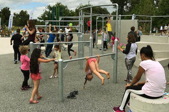 Die Parkouranlage in Speyer wird von Jugendlichen und Kindern gleichermaßen häufig aufgesucht.