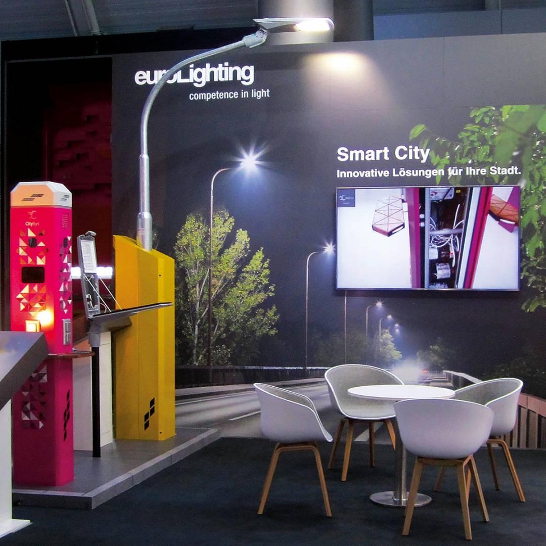 """euroLighting stellte das System """"City SYS"""" für die Smart City erstmals auf der eltefa 2019 vor."""