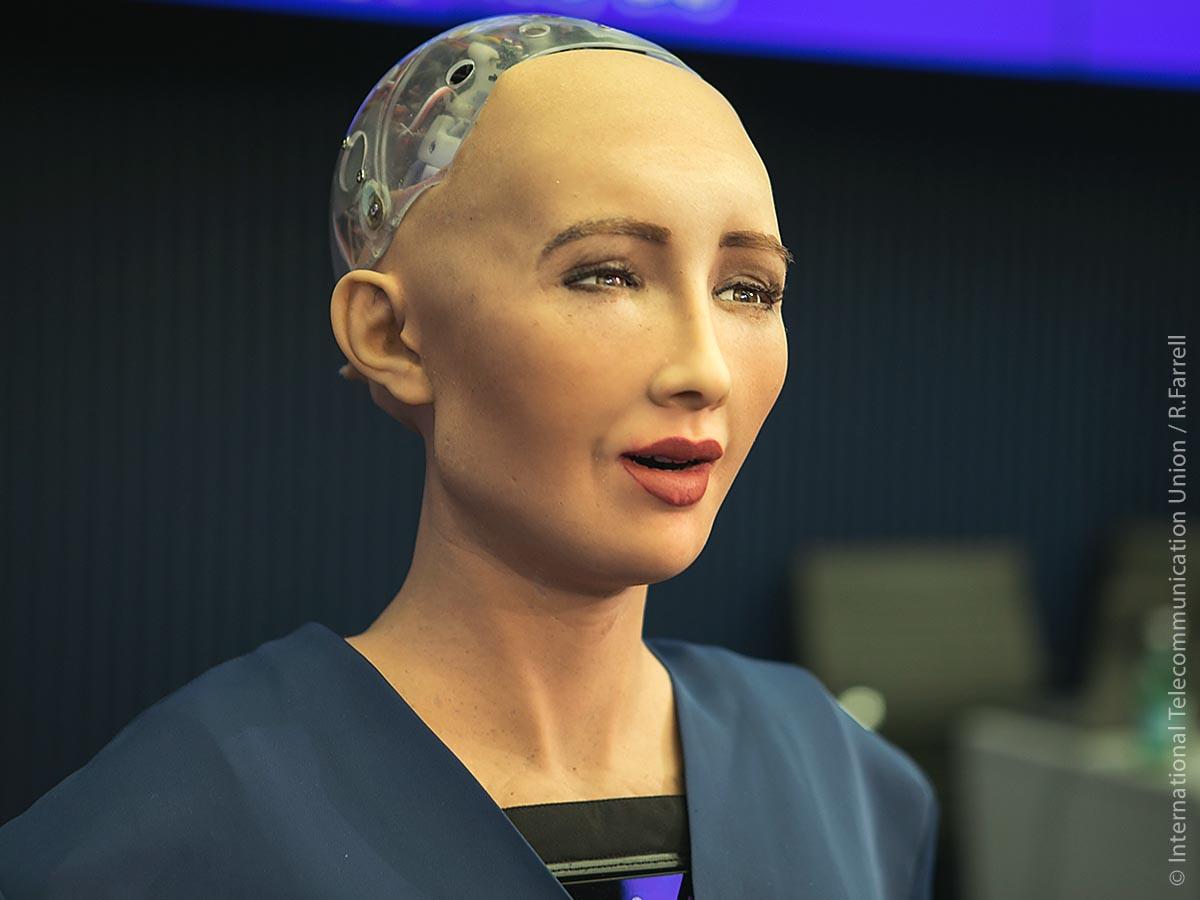Data von Star Trek lässt grüßen: Sophia ist ein vom Hongkonger Unternehmen Hanson Robotics entwickelter und im März 2016 vorgestellter humanoider, weiblich gestalteter Roboter.