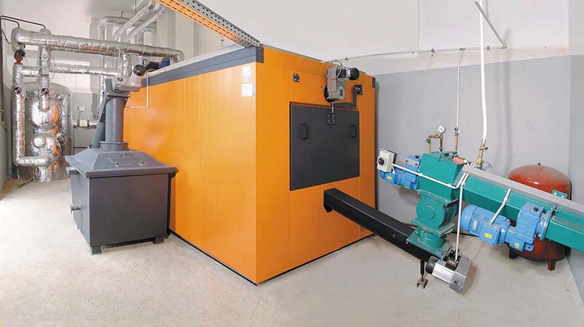 Hackschnitzel-Anlage von Heizomat mit einer Heizleistung von bis zu 400 kW