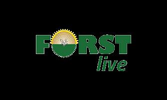 """Das Logo der Fachmesse Forst Live 2020 in Offenburg. Das Logo besteht aus den grünen Schriftzügen """"Forst live"""" dabei ist das """"O"""" von Forst wie ein Sägeblatt aufgebaut, darunter befindet sich in kleinen Lettern das Wort """"live""""."""