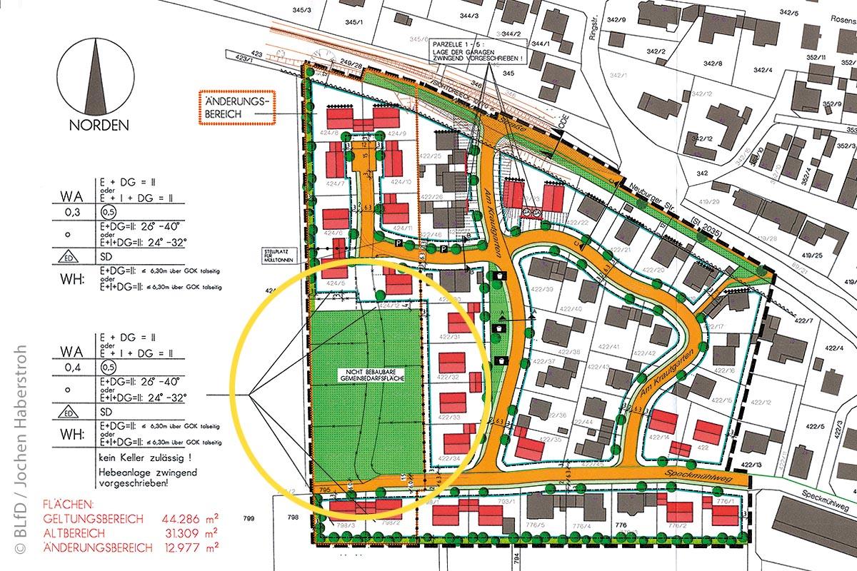 Schützenswertes Kulturgut in Nassenfels: Im Ausschnitt des Bebauungsplans ist die von der Bebauung ausgenommene Denkmalfläche (grüner Bereich im gelben Kreis) sichtbar.