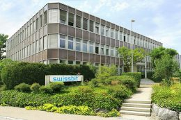 Swissbit, ein weltweit führender Hersteller von Flash-Speichern und Sicherheitslösungen, ist 2001 durch ein Management-Buyout aus dem Siemens Halbleiterbereich entstanden.