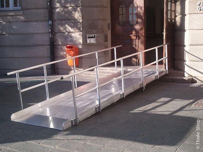 Auffahrrampe für Rollstuhlfahrer