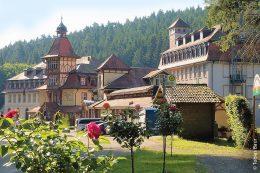 Das ehemalige Kloster Maria Tann erhielt ein Blockheizkraftwerk zur Wärmeversorgung für fünf Gebäude.