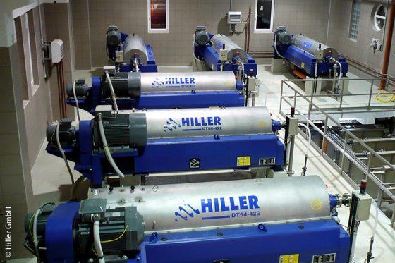 Der Deca-Press-Dekanter von Hiller zur Schlammentwässerung und Eindickung auf der Kläranlage im ungarischen Debrecen