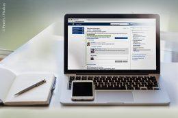 Mit Programmen, auf die alle Mitarbeiter Zugriff haben, können Informationen über Abläufe oder anderes schnell weiterverarbeitet werden.