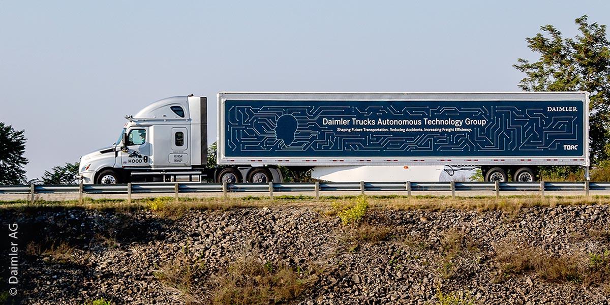 2019 startete Daimler Trucks mit der Erprobung von hochautomatisierten Lkw auf öffentlichen Straßen, nachdem diese zuvor monatelang auf abgesperrten Strecken getestet wurden. Zunächst fahren die Lkw auf Highways im Südwesten Virginias, weitere Routen in den USA werden sukzessive dazukommen. Bei diesen Tests sind stets ein Entwicklungsingenieur, der das System überwacht, sowie ein von Daimler Trucks zertifizierter Sicherheitsfahrer an Bord des Fahrzeugs.