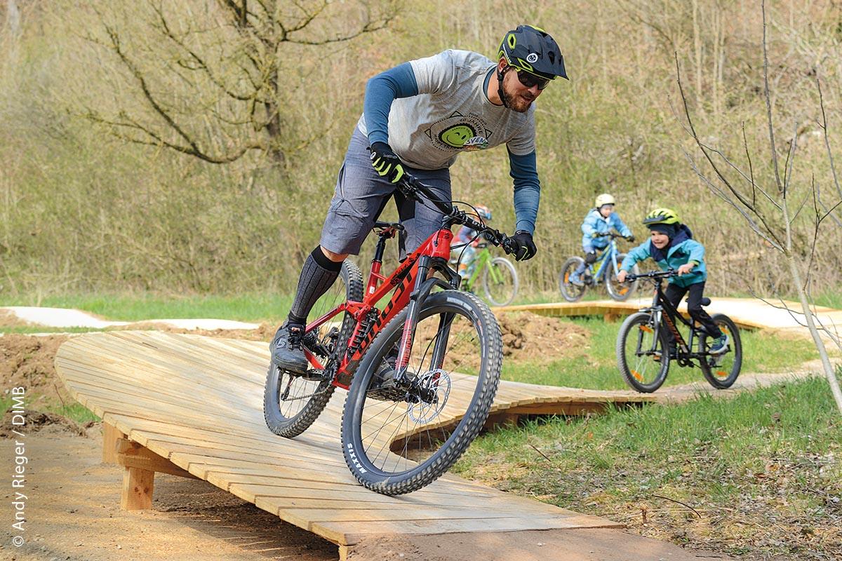 Die Heumödern Trails in Treuchtlingen bieten Singletrails in allen Schwierigkeitsstufen und sind damit für Anfänger wie Fortgeschrittene geeignet.