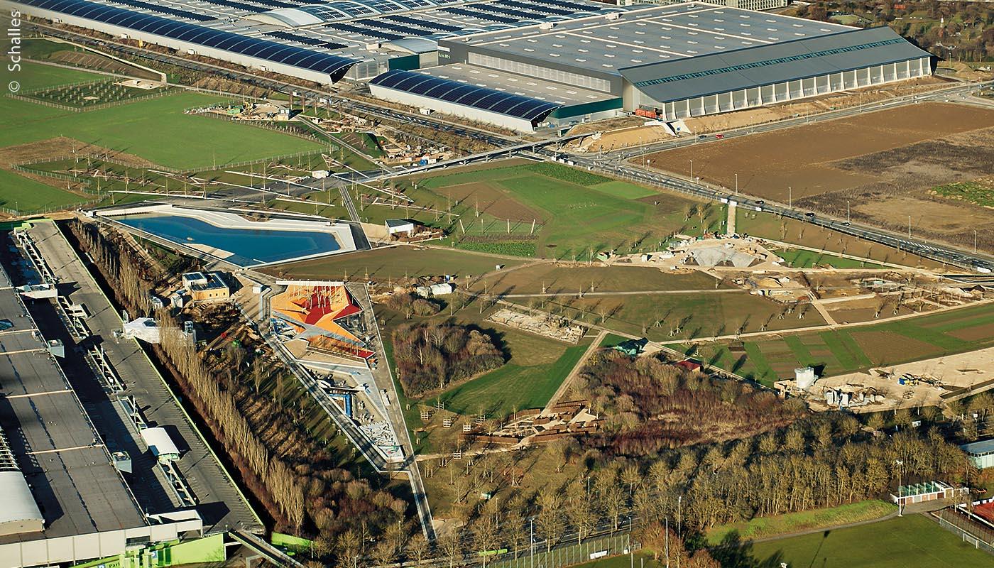 Die Landesgartenschau Ingolstadt ist gut vom Westpark-Einkaufszentrum (links vorne) und vom dahinter liegenden Audi-Areal zu erreichen sein (im Hintergrund).