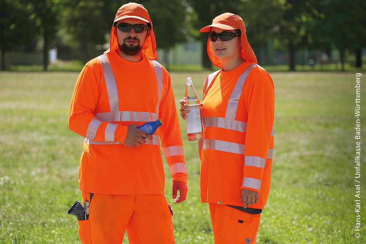 Bei sommerlichen Temperaturen sollte man häufiger Pausen einlegen und ausreichend trinken, um den Flüssigkeitsbedarf zu decken.