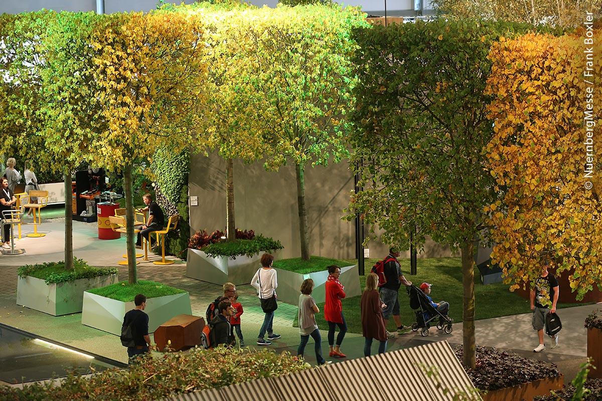 Bisher war in den Messestand des BGL die integrierte Sonderfläche Garten[T]Räume ein Messe-Highlight. Hier werden unterschiedliche Trends im Garten- und Landschaftsbau ganzheitlich abgebildet.