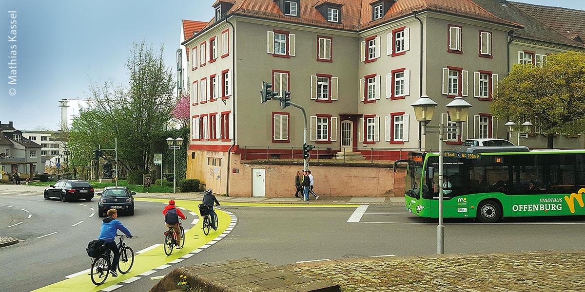 Verkehrsknoten am Offenburger Stadtbuckel mit Radverkehr und Stadtbus