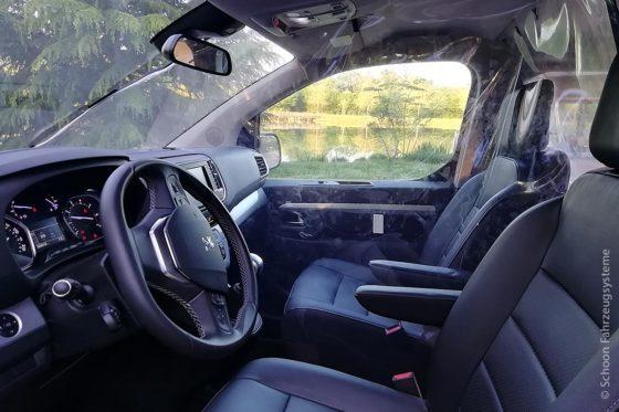 Jede mitfahrende Person verfügt über einen eigenen isolierten Raum dank einer flexiblen Abtrennung der Sitzbereiche.
