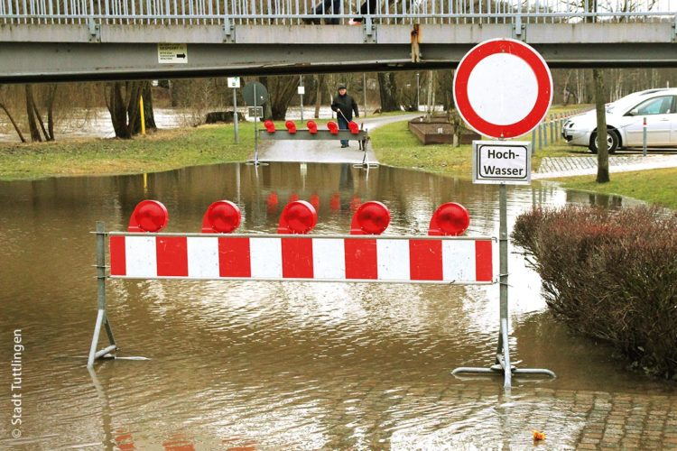 Das Hochwasser in Tuttlingen: Am 23. Januar 2018 trat die Donau über die Ufer. Auch auf dem Donauspitz stand das Hochwasser unter dem Poststeg.