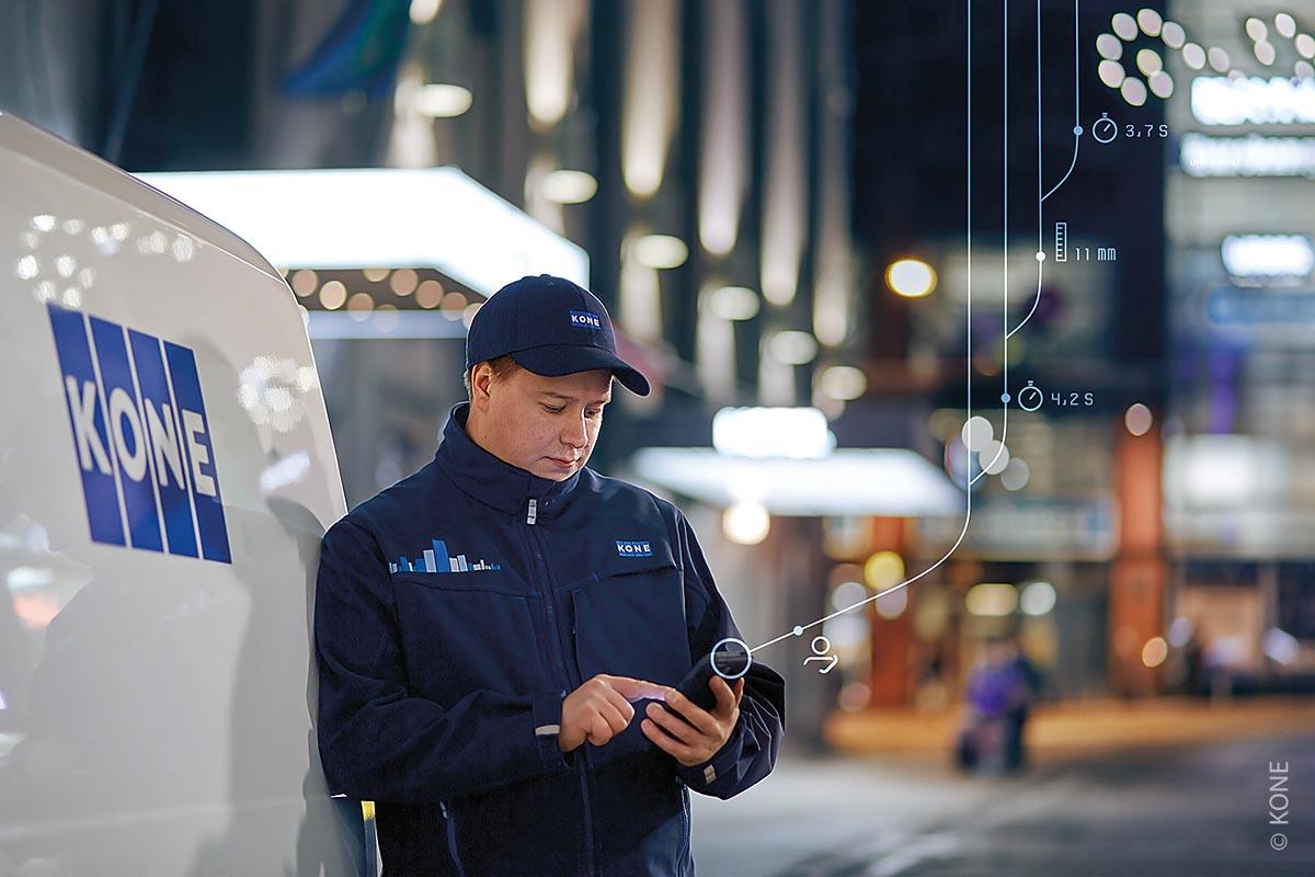 Konnektive Aufzüge: Von Gebäudesteuerungen, Rolltreppen, Türsprechsystemen oder Zugangskontrollanlagen lässt sich eine Verbindung mit dem Roboter herstellen.