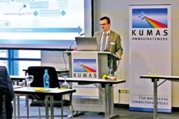 Kumas-Mitglieder – hier Hubert Kohler von der blueFLUX Energy AG (i. Gr.) – präsentieren ihre ganz persönliche Wasserstoffkompetenz.