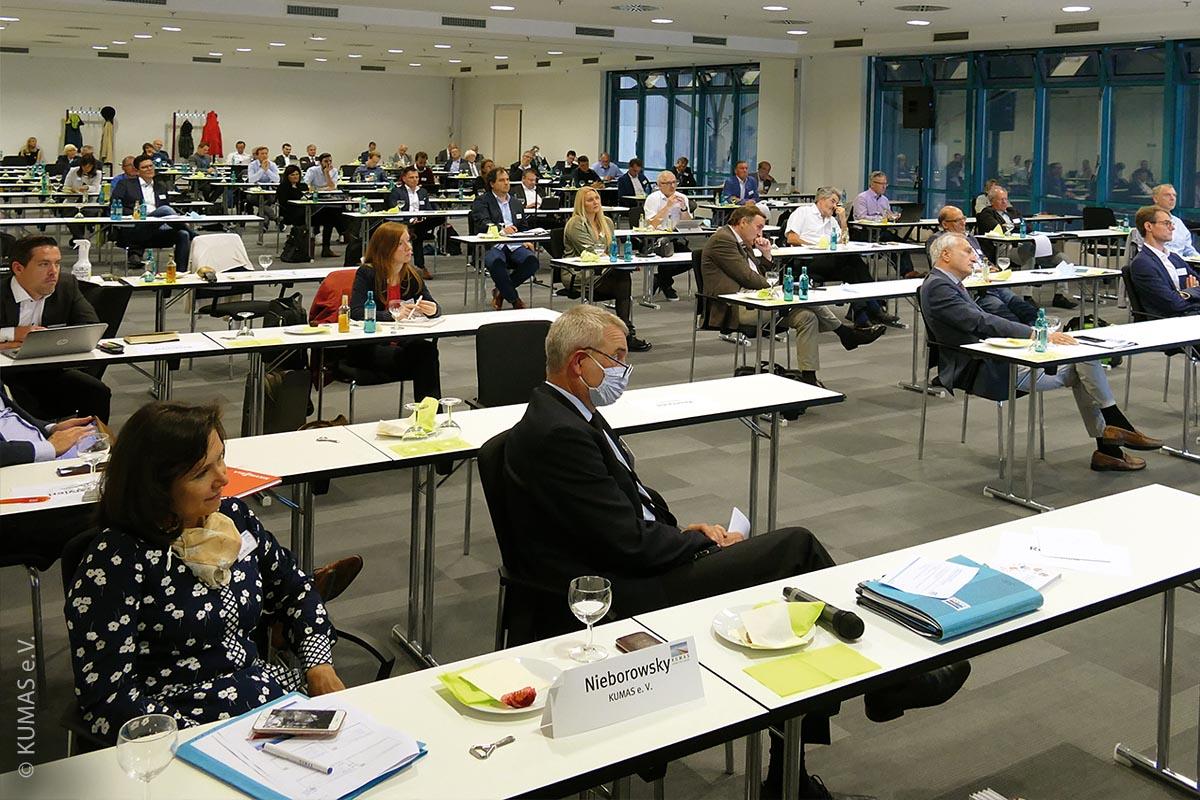 """Kumas-Vollversammlung 2020 inklusive Thementag """"grüner Wasserstoff"""", wegen der Corona-Pandemie aber unter besonderen Bedingungen"""