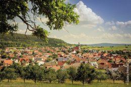 Markt Oberelsbach liegt im Norden Bayerns, idyllisch im Herzen des UNESCO-Biosphärenreservates Rhön.