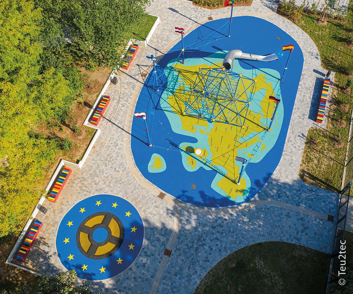 Der Spielplatz der Nationen in Magdeburg von oben