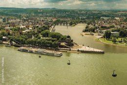 Die Seilbahn Koblenz, auch Buga-Seilbahn oder Rheinseilbahn genannt, ist eine Luftseilbahn über den Rhein in Koblenz. Sie wurde als Attraktion und fast ausschließlich für touristische Zwecke für die Bundesgartenschau 2011 gebaut.