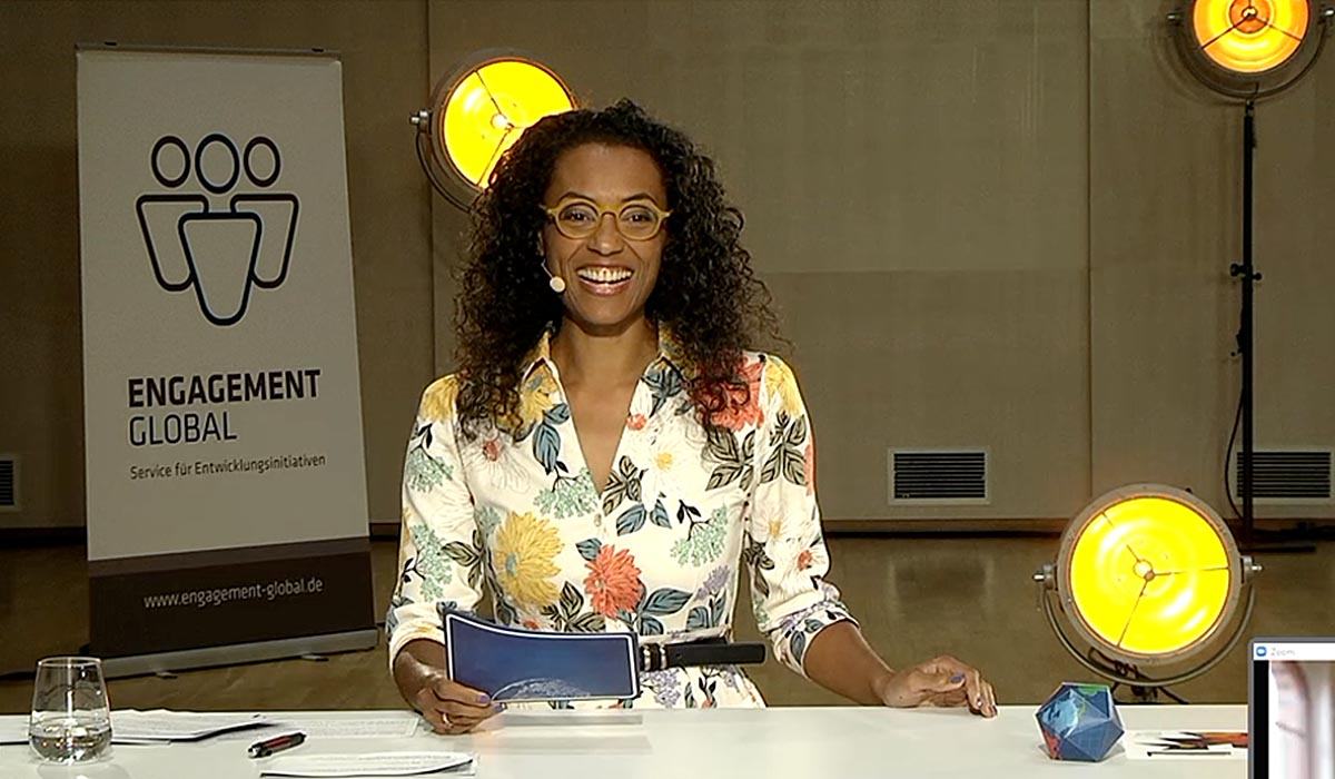 Anne Chebu, Journalistin und Moderatorin, führte am 23. September 2020 durch die Online-Verleihung.