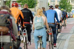 """In Baden-Württemberg soll der Wettbewerb """"Stadtradeln"""" der Initiative """"Radkultur"""" dafür sorgen, dass die Bürger häufiger das Fahrrad zur CO₂-freien Fortbewegung nutzen."""